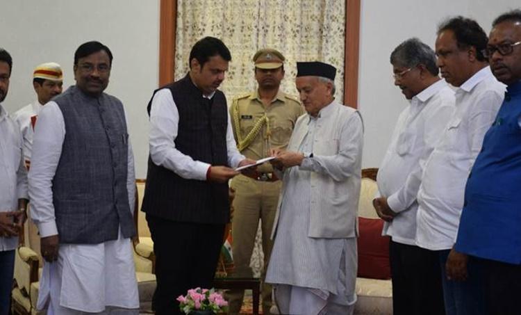 Devendra Fadnavis resigns, shortest serving chief ministers, India shortest serving CM, fadnavis resigns as CM, Maharashtra CM resigns, Fadnavis quits as CM, Uddhav Thackeray CM