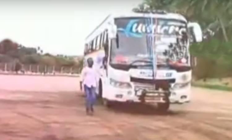 tourist bus, ie malayalam