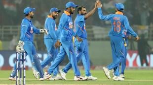 india vs west indies, india vs west indies live score, India vs West Indies, INDvsWI, ഇന്ത്യ - വെസ്റ്റ് ഇൻഡീസ്, tose, live score, playing eleven, virat kohli, ie malayalam, ഐഇ മലയാളം india vs west indies live scorecard, live cricket score, ind vs wi, ind vs wi 2nd ODI, ind vs wi live score, ind vs wi ODI today score, ind vs wi latest score,