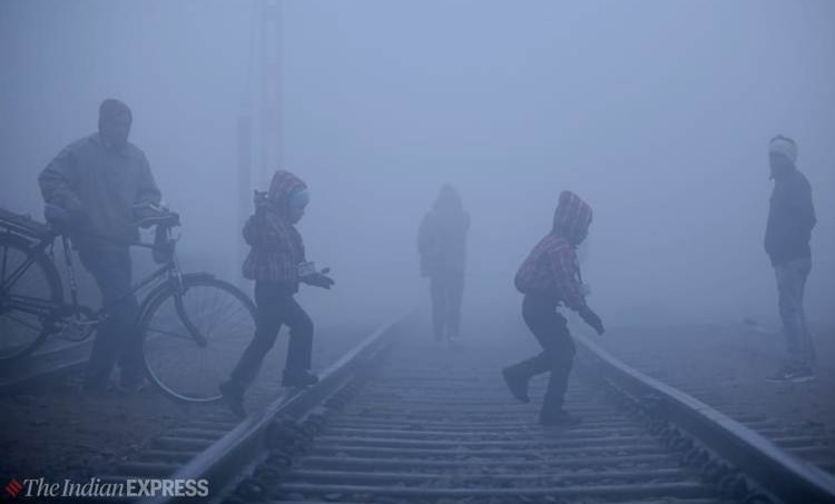 Delhi temperature, ഡൽഹി താപനില, coldest season, temperature in Delhi ഡൽഹിയിൽ കൊടും തണുപ്പ്, ,Delhi cold,coldest december in delhi,Delhi weather at night,Delhi weather conditions,Delhi weather current,Delhi weather climate,Delhi weather cold, iemalayalam, ഐഇ മലയാളം