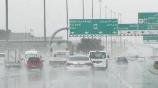 Heavay rain in UAE,യുഎഇയിൽ കനത്ത മഴ,UAE rain, യുഎഇ മഴ, Dubai rain, ദുബായ് മഴ, Sharjah rain, ,ഷാർജ മഴ, UAE rain news, യുഎഇ മഴ വാർത്തകൾ, Dubai flight cancellations, ദുബായ്വിമാന സര്വിസുകള് റദ്ദാക്കി,Dubai flight delay, Dubai Airport, ദുബായ്വിമാനത്താവളം, iealayalam, ഐഇ മലയാളം
