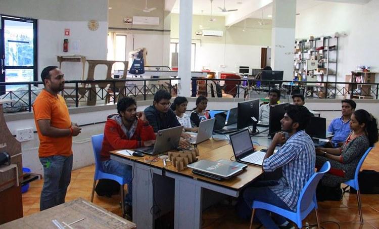 Super Fab Lab,സൂപ്പര് ഫാബ് ലാബ്, MIT, എംഐടി, Massachusetts Institute of Technology,മാസച്യുസെറ്റ്സ് ഇന്സ്റ്റിറ്റ്യൂട്ട് ഓഫ് ടെക്നോളജി,Kerala Startup Mission, കേരള സ്റ്റാര്ട്ടപ്പ് മിഷൻ,Integrated Startup Complex Kalamassery,കളമശേരി ഇന്റഗ്രേറ്റഡ് സ്റ്റാര്ട്ടപ്പ് കോംപ്ലക്സ്,Chief Minister Pinarayi Vijayan, മുഖ്യമന്ത്രി പിണറായി വിജയന്,malayalam news, മലയാളം വാർത്തകൾ, latest malayalam news, kerala news, കേരള വാർത്തകൾ, today malayalam news, ഇന്നത്തെ മലയാളം വാർത്തകൾ, latest malayalam news today, മലയാളം ഓൺലൈൻ വാർത്തകൾ, malayalam online news, online malayalam news, today breaking news malayalam, ie malayalam, ഐഇ മലയാളം