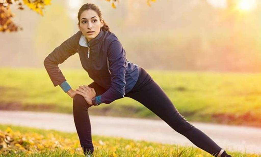 COVID-19, COVID-19 infection, COVID-19 recovery at home, COVID-19 exercises to try at home for faster recovery, home isolation and exercising, must-do exercises for COVID-19 patients, indian express news