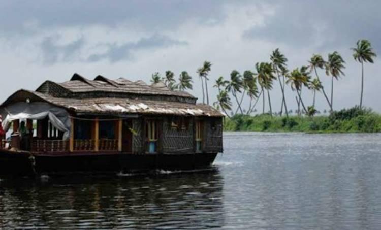 house boat, ie malayalam
