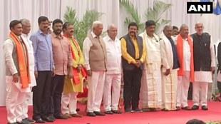 Karnataka,കര്ണാടക, Karnataka cabinet expansion,കര്ണാടക മന്ത്രിസഭാ വിപുലീകരണം, Yediyurappacabinet expansion, യെഡിയൂരപ്പ മന്ത്രിസഭാ വിപുലീകരണം,10 MLAs take oath as ministers, 10 എംഎൽഎമാർ മന്ത്രിമാരായി ചുമതലയേറ്റു, BS Yediyurappa, ബിഎസ് യെഡിയൂരപ്പ BJP,ബിജെപി, Congress, കോണ്ഗ്രസ്, ie malayalam,ഐഇ മലയാളം