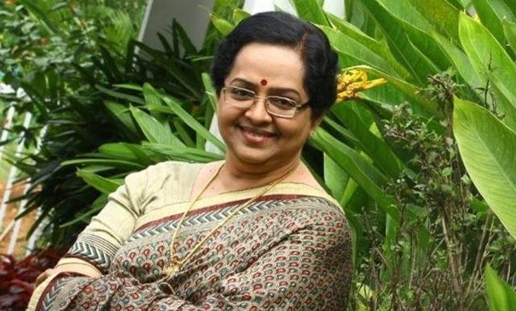 Mallika Sukumaran, Mallika Sukumaran video, Annie, Annie's kitchen, മല്ലിക സുകുമാരൻ, ആനി, ആനീസ് കിച്ചൻ, Indian express malayalam, IE Malayalam