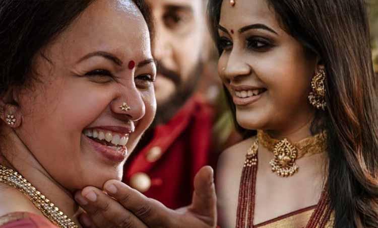 sowbhagya venkitesh, sowbhagya venkitesh age, sowbhagya venkitesh haldi photos, sowbhagya venkitesh mehandi photos, sowbhagya venkitesh and arjun, sowbhagya venkitesh and arjun somasekhar, sowbhagya venkitesh and mother dubsmash, sowbhagya venkitesh and arjun somasekharan, sowbhagya venkitesh wedding, sowbhagya venkitesh wedding photos, sowbhagya venkitesh marriage, sowbhagya venkitesh arjun marriage photos, sowbhagya venkitesh arjun somasekharan wedding video, sowbhagya venkitesh wedding, sowbhagya venkitesh marriage photos, സൗഭാഗ്യ വെങ്കിടേഷ്, അര്ജ്ജുന് സോമശേഖര്, സൗഭാഗ്യ വെങ്കിടേഷ് ഡബ്ബ്സ്മാഷ്, സൗഭാഗ്യ വെങ്കിടേഷ് ഡബ്സ്മാഷ്
