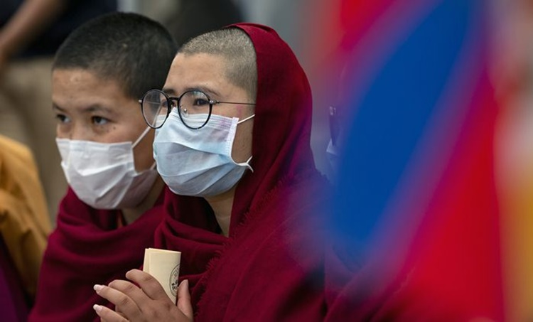 Coronavirus, COVID 19, Coronavirus preparations, masks, N 95 masks, ventilators, face masks, homemade masks, Indian Express