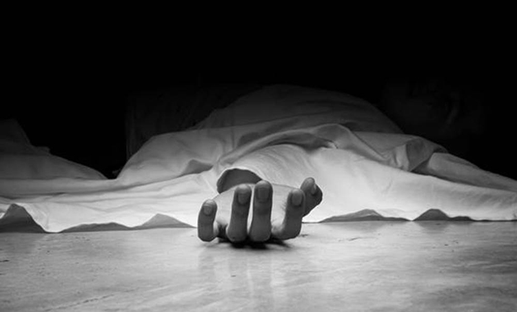 covid 19, കോവിഡ് 19, lockdown violation, ലോക്ക്ഡൗണ് ലംഘനം, bike, sathanpara police, ശാന്തന്പാറ പൊലീസ്, suryanelli youth committed suicide, സൂര്യനെല്ലിയില് യുവാവ് തീകൊളുത്തി ആത്മഹത്യ ചെയ്തു,iemalayalam