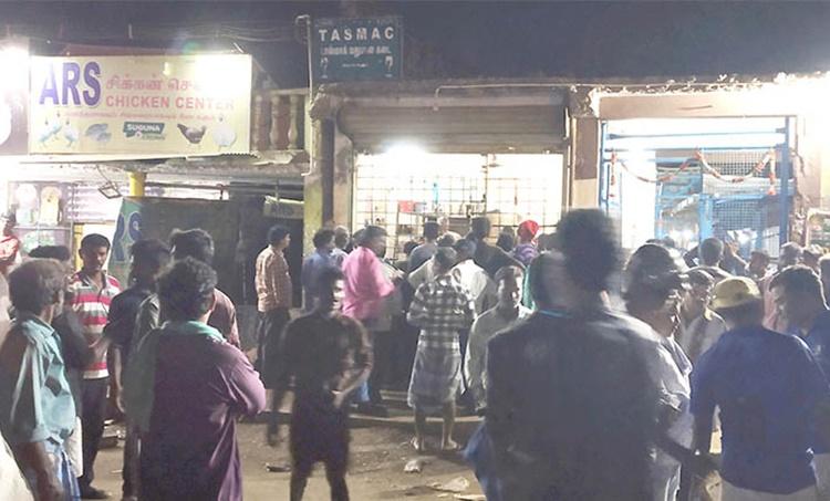 Alcohol, മദ്യം Alcohol additction, Pudukkotai, Pudukottai town, nationwide lockdown, coronavirus, covid19, corona virus in Tamil Nadu, Indian Express News, Chennai News, Tamil Nadu Corona news, iemalayalam,