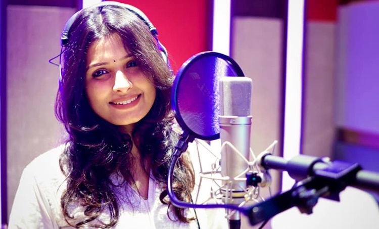 live, live news, facebook live, fb live,Anne Amie, ആൻ ആമി , Anne Amie songs, iemalayalam, indian express malayalam