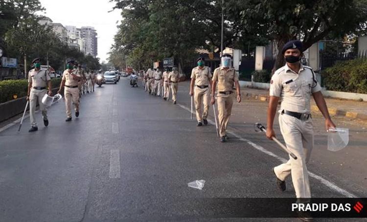 Mumbai news, Mumbai coronavirus cases, Mumbai doctor assulats patient, Mumbai doctor rapes woman, Mumbai police,