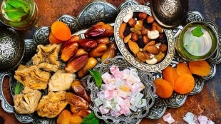 sehri fasting, fasting tips, അത്താഴം, ഇടയത്താഴം, സുഹുർ, നോമ്പുതുറ, നോമ്പ്, ramadan fasting tips, ramadan fasting, indianexpress.com, indianexpress, suhur fasting, suhur fasting tips, herbs are good, stay hydrated, avoid fried foods, what to eat for sahari, sahari fasting tips, ie malayalam