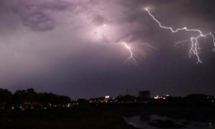 Bihar UP Lighting Rain