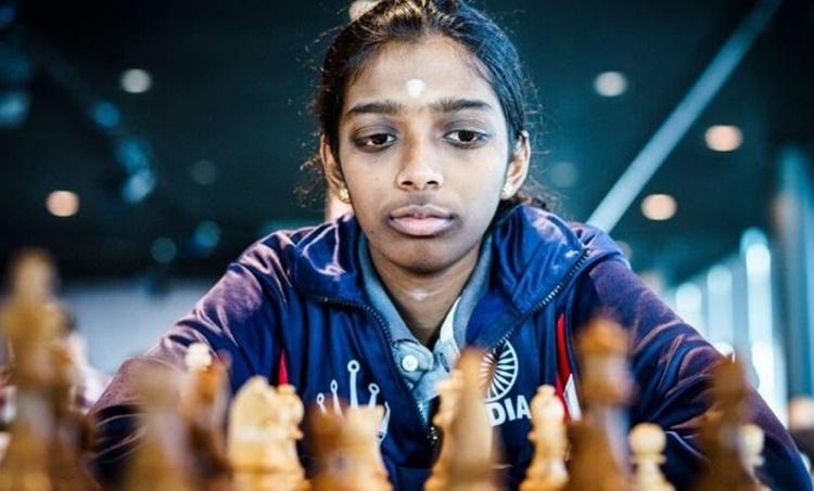 r vaishali, r vaishali chess, r vaishali beats antaoneta stefanova, വൈശാലി, ചെസ്, ലോകചാംപ്യൻ, IE Malayalam, ഐഇ മലയാളം