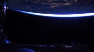 neowise comet, നിയോവൈസ് വാല്നക്ഷത്രം, comet, വാല്നക്ഷത്രം,neowise comet over india, നിയോവൈസ് വാല്നക്ഷത്രം ഇന്ത്യയിൽ,comet c/2020 f3 neowise, സി / 2020 എഫ് 3 നിയോവൈസ് വാല്നക്ഷത്രം, comet near earth, വാല്നക്ഷത്രം ഭൂമിക്കരികെ,what is a comet, എന്താണ് വാല്നക്ഷത്രം, comet pictures, നിയോവൈസ് വാല്നക്ഷത്രം ചിത്രങ്ങൾ, comet video, നിയോവൈസ് വാല്നക്ഷത്രം വീഡിയോ, ie malayalam, ഐഇ മലയാളം