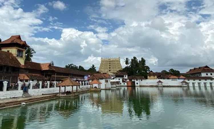 പദ്മനാഭ സ്വാമിക്ഷേത്രം, പദ്മനാഭ സ്വാമിക്ഷേത്ര കേസ്, supreme court on padmanabha swami temple, sree padmanabha swami temple case, Padmanabha Swami Temple