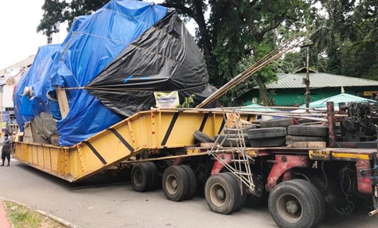 isro, ഐഎസ്ആർഒ, VSSC,വി.എസ്.എസ്.സി, vikaram sarabhai space centre, വിക്രം സാരാഭായ് സ്പേസ് സെന്റർ, 74 wheeled truck-reached at thiruvanthapuram, വി.എസ്.എസ്.സിയിലേക്കുള്ള യന്ത്രവുമായി 74 ചക്രങ്ങളുള്ള വാഹനം തിരുവനന്തപുരത്ത്, horizontal aerospace autoclave machine, ഹൊറിസോണ്ടല് എയ്റോ സ്പേസ് ഓട്ടോ ക്ലേവ് മെഷീന്, GSLV-mk3, ജിഎസ്എൽവി മാർക്ക്-3, PSLV, പിഎസ്എൽവി, mangalyaan- 1, മംഗൾയാൻ-1, mangalyaan 2, മംഗൾയാൻ-2, Chaandrayaan-1, ചാന്ദ്രയാൻ-1, Chaandrayaan-2,ചാന്ദ്രയാൻ-2,Gaganyaan, ഗഗയൻയാൻ, ie malayalam, ഐഇ മലയാളം