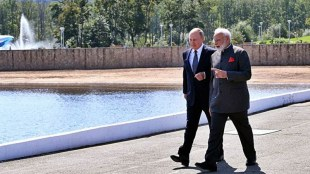 narendra modi vladimir putin call, നരേന്ദ്ര മോദി വ്ളാഡിമര് പുടിന്, putin india visit,പുടിന് ഇന്ത്യാ സന്ദര്ശനം, modi putin china border, മോദി പുടിന് ചൈനാ അതിര്ത്തി, russia on india china border row, india russia relations, vladimir putin term,കോവിഡ്-19, കോവിഡ്-19 നടപടികള്
