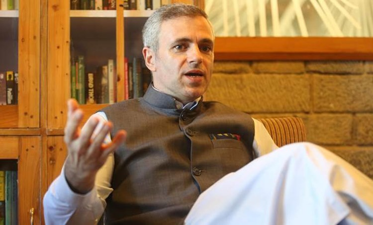 omar abdullah, jammu and kashmir, jammu and kashmir article 370, jammu and kashmir special status, public safety act kashmir, kashmir detention, indian express