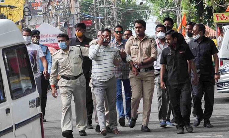 vikas dubey, vikas dubey killed, vikas dubey dead, vikas dubey news, UP latest news, Uttar Pradesh latest news