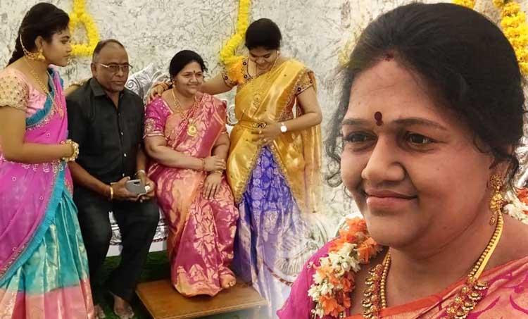 Karnataka man installs wife's statue, social story, trending, ട്രെൻഡിങ്, വൈറൽ പോസ്റ്റ്, iemalayalam, ഐഇ മലയാളം