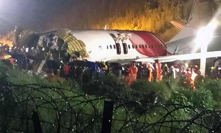 kerala crash, kozhikode crash, kerala plane crash, table top runway, flight safety, indian express