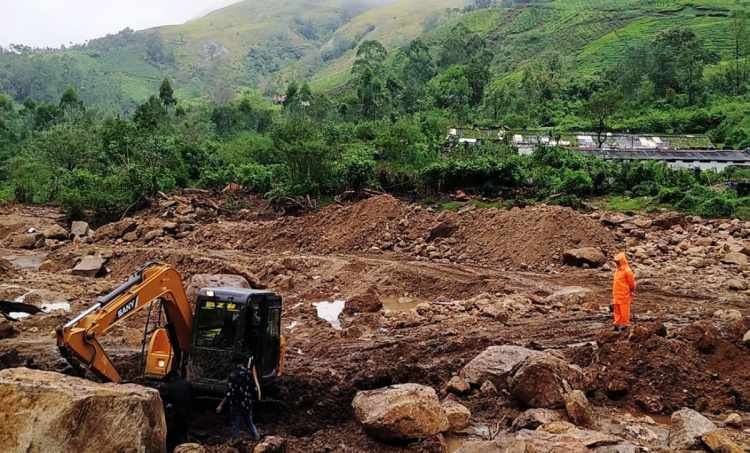 kerala landslide, idukki landslide, kerala idukki landslide, kerala landslide news, latest news, പെട്ടിമുടി, ഉരുൾപൊട്ടൽ, ഇടുക്കി, ie malayalam, ഐഇ മലയാളം