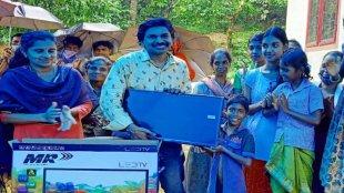 santhosh pandit, സന്താഷ് പണ്ഡിറ്റ്, malayalam Cinema, Malayalam Film Industry, Santhosh pandit facebook post