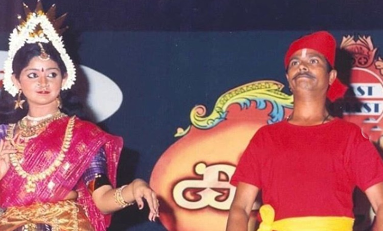Divya Unni, Actor Divya Unni, Indrans, stage show, Dancer Divya Unni, Divya Unni Interview, Pranayavarnangal, Karunyam, Akashaganga, manju warrier, iemalayalam