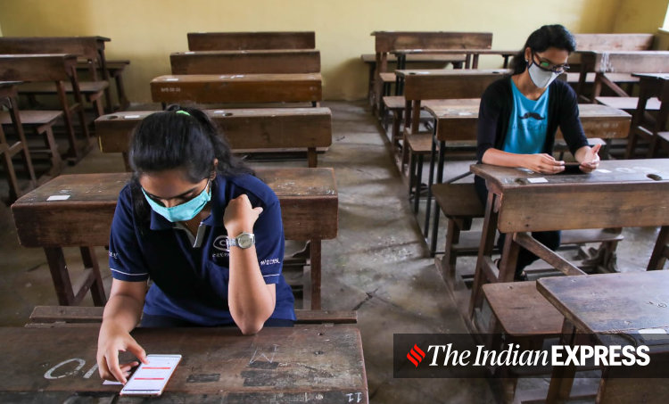 covvid, social distance, exam, students, class room, ie malayalam