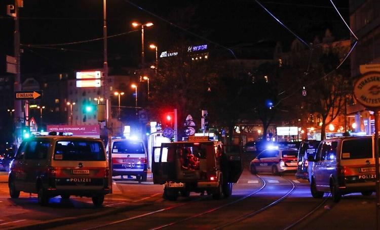 Vienna shooting, Vienna synagogue shooting, Austria Vienna shooting, world news, Vienna shooting live news, indian express