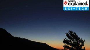 jupiter saturn conjunction, What is great conjunction of Saturn and Jupiter, What is great conjunction, great conjunction, great conjunction of saturn and jupiter, jupiter saturn conjunction in india, jupiter saturn conjunction timings, jupiter saturn conjunction live streaming, jupiter and saturn christmas star, jupiter and saturn christmas star 2020, jupiter and saturn christmas star, jupiter and saturn christmas star in india, christmas star, christmas star 2020, ശനി വ്യാഴം, ഗ്രഹങ്ങൾ, മഹാ സംയോജനം, ശനി, വ്യാഴം, IE Malayalam