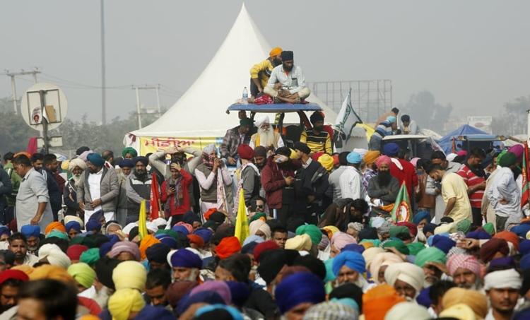Farmers Protest, കർഷക സമരം, Delhi Protest, ഡൽഹിയിലെ കർഷക പ്രതിഷേധം, Farmers Protest, കർഷക സമരം പത്താം ദിവസത്തിലേക്ക്, IE Malayalam, ഐഇ മലയാളം
