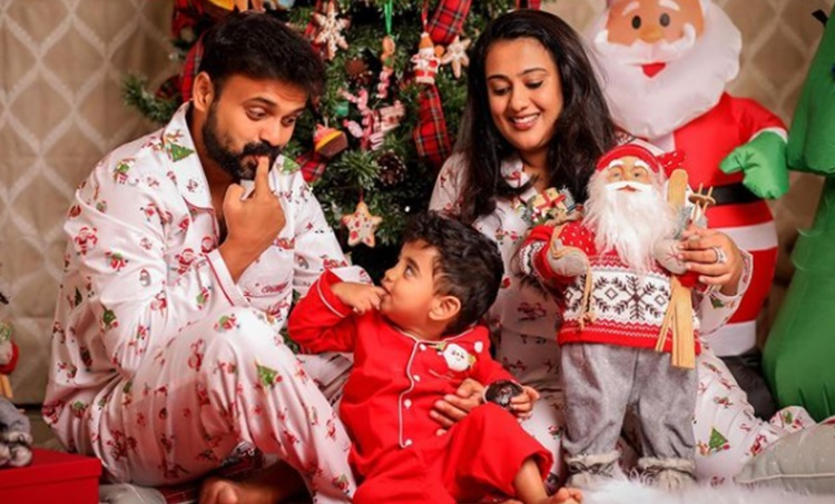 christmas wishes, Kunchacko Boban, Poornima Indrajith, Priya Varrier, ക്രിസ്മസ് ആശംസകൾ, christmas wishes images, ക്രിസ്മസ്, christmas wishes 2020, ക്രിസ്മസ് സന്ദേശം, christmas wishes for friends, christmas wishes the office, christmas wishes quotes, ക്രിസ്മസ് ദിനം, christmas greetings, christmas status, christmas message in malayalam, christmas message for students, christmas message speech, happy new year, merry christmas, merry christmas 2020, merry christmas images, merry christmas quotes, happy new year 2021, happy new year images, new year advance wishes, merry christmas advance wishes, merry christmas advance wishes images, new year advance wishes images, new year advance wishes quotes, new year advance wishes status, happy new year advance wishes, happy new year advance wishes images, happy new year advance images, happy new year images 2021, happy new year 2021 status, happy new year wishes images, happy new year quotes, happy happy new year wishes quotes, ഐഇ മലയാളം, ie malayalam