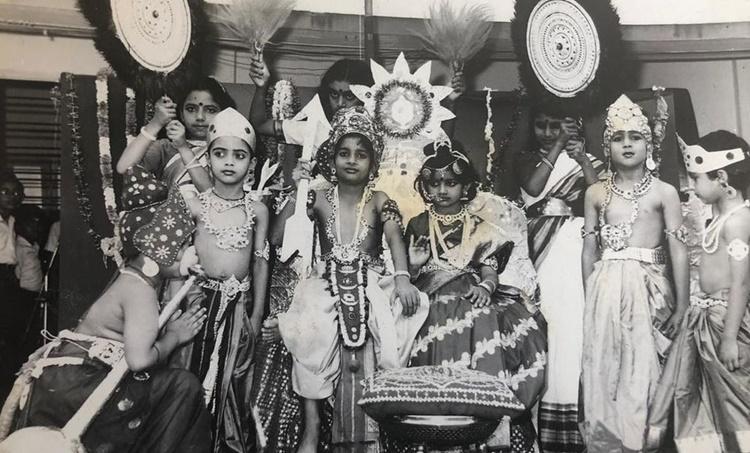 Divya Unni, Divya Unni childhood photo, Divya Unni family, Divya Unni photos, Divya Unni family photos, Divya Unni children, Divya Unni kids, ദിവ്യ ഉണ്ണി, Vanitha, വനിത, Indian express malayalam, IE malayalam