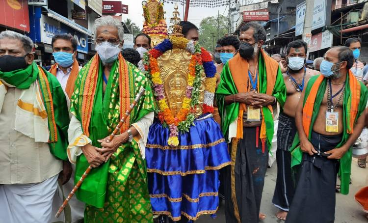 Sabarimala, Makaravilakk, ശബരിമല, മകരവിളക്ക്, പേട്ടതുള്ളൽ, Malayalam News, Kerala News, IE Malayalam