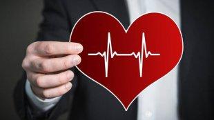 heart health, drinking, heartbeat, high heart rate, abnormal heart beats, health, indian express news, ഹൃദയം, ഹൃദ്രോഗം, ഹൃദയാരോഗ്യം, മദ്യപാനം, മദ്യപാനത്തിന്റെ പ്രശ്നങ്ങൾ, ഹൃദ്രോഗ സാധ്യത, മദ്യപാനവും ഹൃദ്രോഗവും, ie malayalam