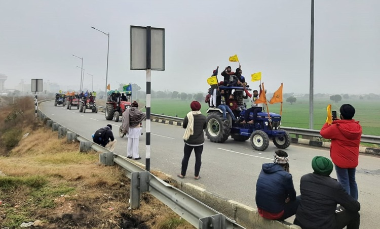 Farmers protest, Farm Bills 2020, Farm Bills 2020 protest, Farm laws, farmers protests, Delhi farmers protests, MSP, APMC mandi, Farmers tractor rally, Haryana farmers, Farm laws,