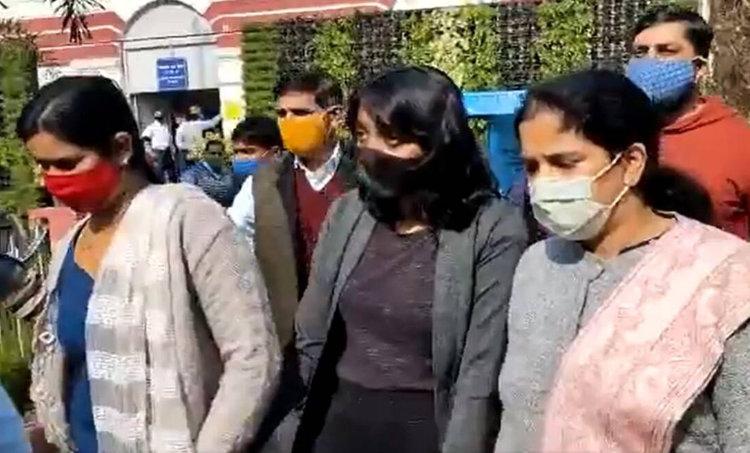 disha ravi arrested, ദിശ രവി, farmers toolkit case, Greta Thunberg toolkit, ടൂൾകിറ്റ് കേസ്, farm protest, ഗ്രേറ്റ ട്യുൻബെർഗ്, Delhi Police, Disha Ravi arrests, Farm laws, ഐഇ മലയാളം, ie malayalam