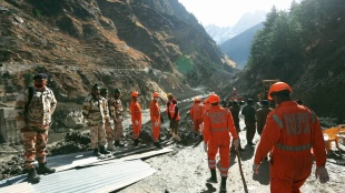 Uttarakhand flash floods, ഉത്തരാഖണ്ഡ് അപകടം, Ittarakhand death toll, Uttarakhand people missing, survivors, Uttarakhand tunnel, Uttarakhand news, Indian express news, iemalayalam, ഐഇ മലയാളം