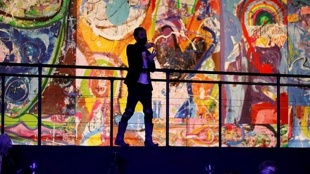 art work, ആർട് വർക്ക്, dubai painting, ദുബായ് പെയിന്റിംഗ്, worlds largest canvas, ലോകത്തിലെ ഏറ്റവും വലിയ ക്യാൻവാസ്, guiness world record canvas, ഗിന്നസ് വേൾഡ് റെക്കോർഡ് ക്യാൻവാസ്, ie malayalam, ഐഇ മലയാളം