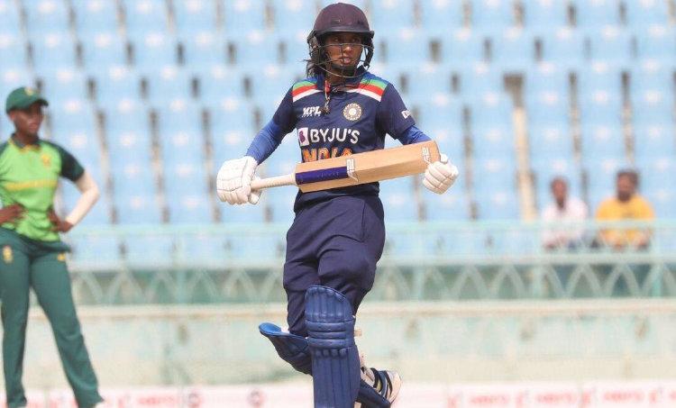 Mithali Raj, Mithali Raj 10000 runs, Mithali Raj record, Mithali Raj batting, മിഥാലി, മിഥാലി രാജ്, 10000 റൺസ്, ie malayalam
