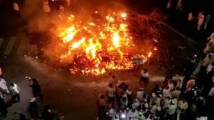 farmers protest, holika dahan, punjab farmers burn farm laws, farmers holi ka Jahan, indian express