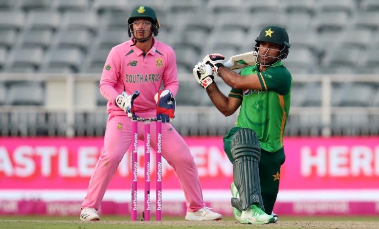 rsa vs pak, rsa vs pak ODI, South Africa vs Pakistan ODI, Fakhar Zaman Runout, De Kock Fake, Runout controversy, De Kock stumping, De kock news, Fakhar Zaman Century, ie malayalam