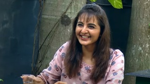 Manju Warrier, Manju Warrier thug dialogue, Manju Warrier funny interview, Chathurmukham review, മഞ്ജുവാര്യർ, Chathurmukham, ചതുർമുഖം, iemalayalam, ഐഇ മലയാളം