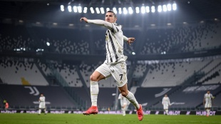 Cristiano Ronaldo, ക്രിസ്റ്റ്യാനൊ റൊണാള്‍ഡൊ, Cristiano Ronaldo Goal, Cristiano Ronaldo Record, Cristiano Ronaldo skills, Cristiano Ronaldo for Juventus, Juventus, Real Madrid, Manchester United, Cristiano Ronaldo free kick, Cristiano Ronaldo video, Cristiano Ronaldo top goals, Cristiano Ronaldo hattrick, Cristiano Ronaldo news, Cristiano Ronaldo updates, Cristiano Ronaldo moves, Cristiano Ronaldo transfer, ie malayalam, ഐഇ മലയാളം