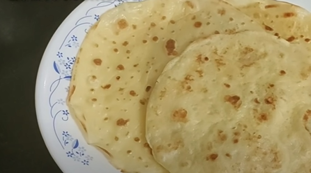 Easy breakfast, Easy breakfast recipe, Easy breakfast maida egg, maida egg dishes