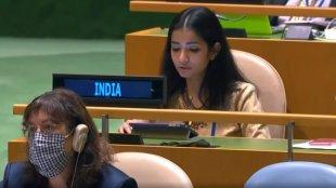 sneha dubey, india first secretary UN, sneha dubey pakistan reply, sneha dubey at UNGA, united nations general assembly, unga india, unga india pakistan, sneha dubey ifs, sneha dubey speech, sneha dubey un, sneha dubey unga, സ്നേഹ ദുബെ, യുഎൻജിഎ, malayalam news, news in malayalam, ie malayalam